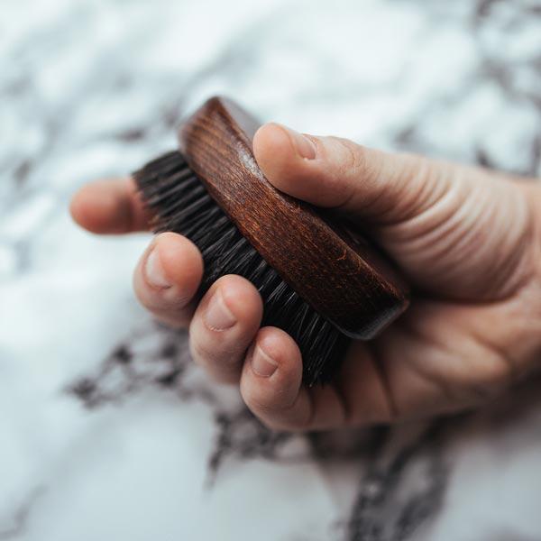 Compact Beard Brush - der perfekte Begleiter für unterwegs